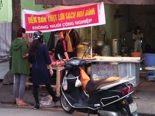 Thị trường tràn ngập thực phẩm sạch... tự phong - 1
