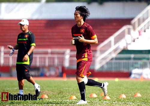 HLV Miura: Tuấn Anh vẫn còn nhiều cơ hội đá ở Qatar - 3
