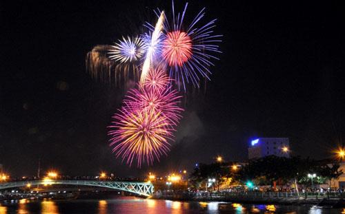 Những địa điểm đón năm mới 2016 tuyệt đẹp ở Sài Gòn - 1