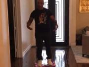 Thể thao - Tinh nghịch, Mike Tyson bị một vố đau