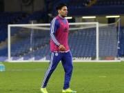 """Bóng đá - Tin HOT tối 31/12: Chelsea khổ vì """"cục nợ"""" Falcao"""