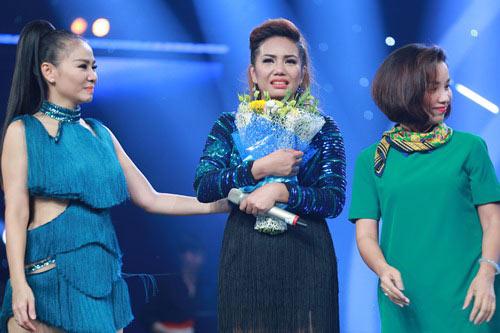 Cô gái ngoại quốc đăng quang Vietnam Idol - 1