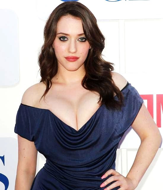 """""""Mánh khóe"""" mặc váy khoe ngực đẹp như sao Hollywood - 2"""