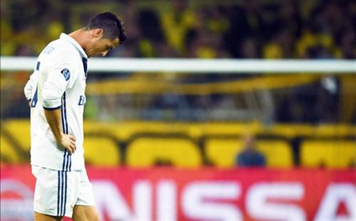 """Bị báo chí chọc ngoáy, Ronaldo quyết """"dội bom"""" Eibar - 1"""