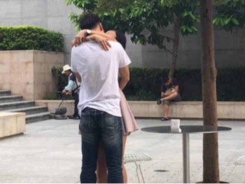 Cầu hôn bằng iPhone 7 hụt, chàng trai vẫn thành công - 2