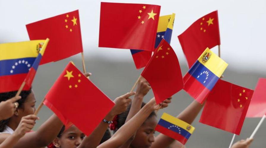 Venezuela trong cơn bĩ cực, Trung Quốc dừng cho vay - 2