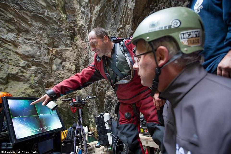 Phát hiện hang động sâu nhất thế giới, chưa dò thấy đáy - 3