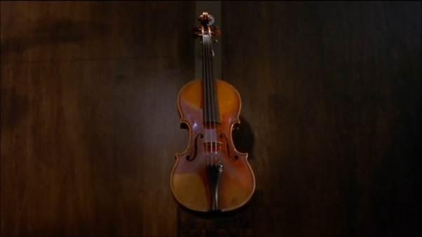 """Ám ảnh với tình yêu mãnh liệt trong """"Cây dương cầm máu"""" - 1"""