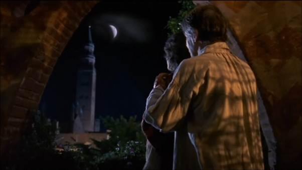 """Ám ảnh với tình yêu mãnh liệt trong """"Cây dương cầm máu"""" - 2"""