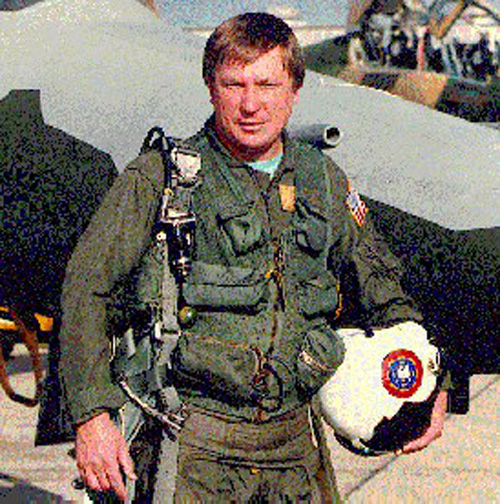 """Máy bay bí ẩn của Liên Xô từng khiến Mỹ """"mất ăn mất ngủ"""" - 3"""