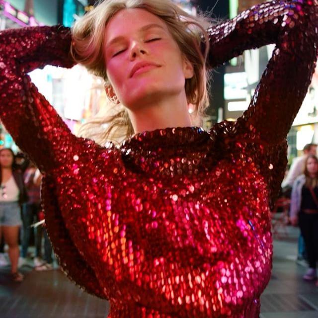 Dàn siêu mẫu hội tụ trong MV ca nhạc hoành tráng - 6
