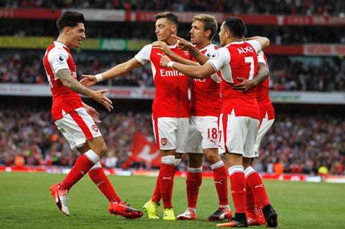 Burnley – Arsenal: Ngóng tin vui từ White Hart Lane - 1