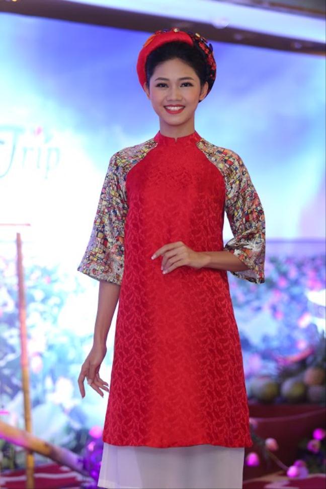 """Đỗ Mỹ Linh, Hà Anh khoe dáng """"đồng hồ cát"""" - 6"""