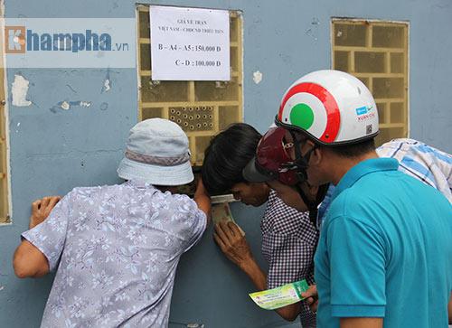 Khán giả thẫn thờ vì vé đẹp xem tuyển Việt Nam so tài - 1