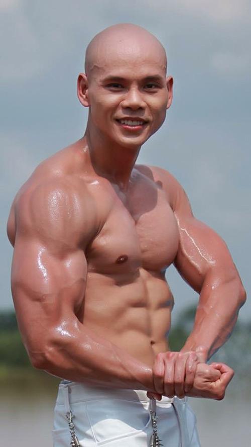 Choáng vì body như lực sĩ của loạt sao nam Việt - 2