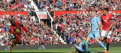 Chi tiết MU - Stoke City: Tự trách mình (KT) - 7