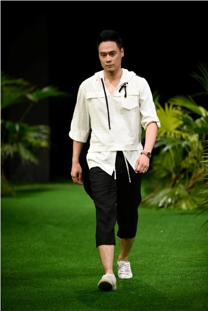 Dàn mẫu nhí tung hoành sàn catwalk tuần lễ thời trang VN - 5