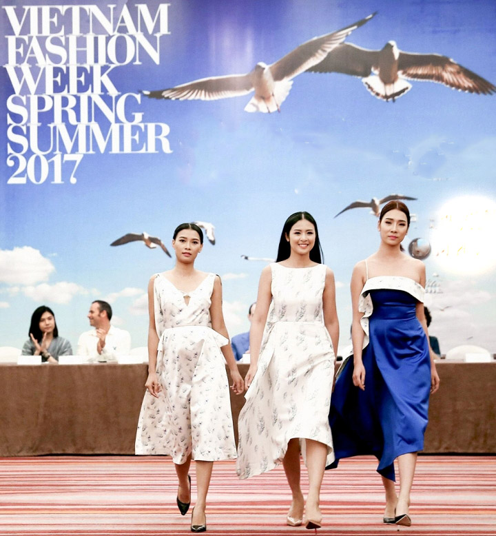 4 hoa hậu Việt tài sắc tự tin làm vedette trên sàn diễn - 5