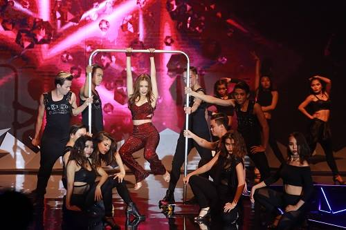Ngọc nữ 1m74 xuất sắc đoạt giải quán quân Next Top Model - 2