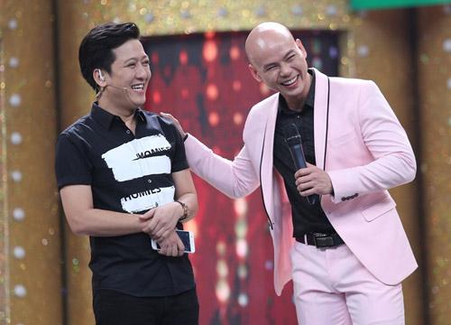 Vợ chồng Phan Đinh Tùng hát tặng con gái trên truyền hình - 1