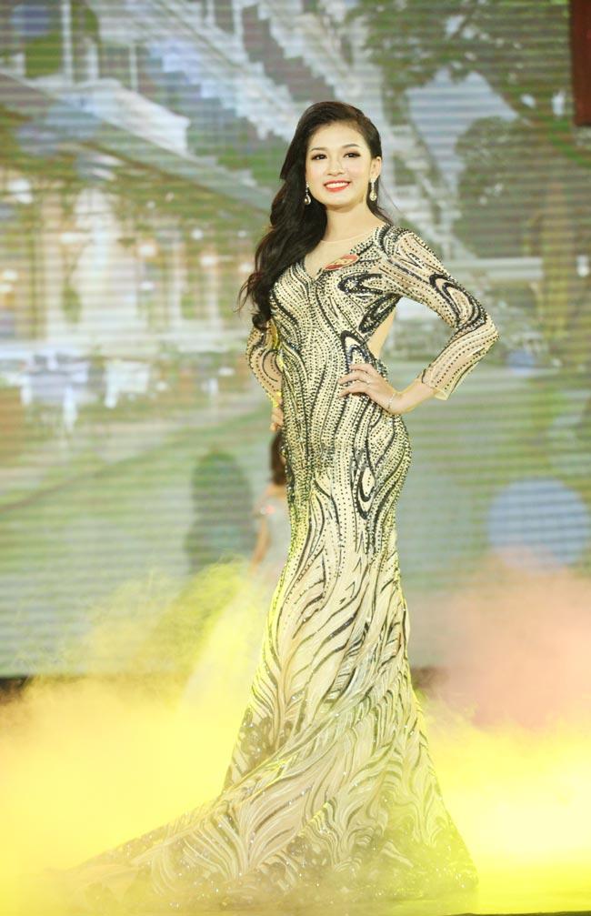 Hoa khôi sinh viên Hà Nội 2016 đã tìm ra chủ nhân mới - 9