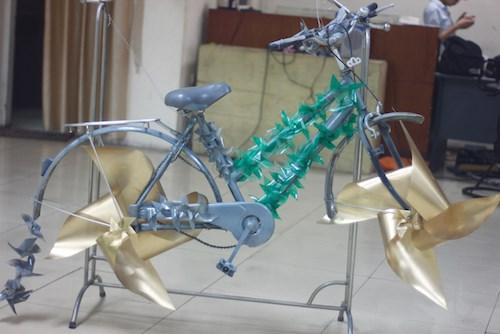 Giới trẻ tìm về tuổi thơ thời bao cấp với đồ tái chế - 7