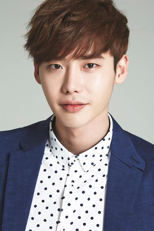 """""""Người tình"""" Song Hye Kyo rưng lệ nhận giải thưởng lớn - 4"""