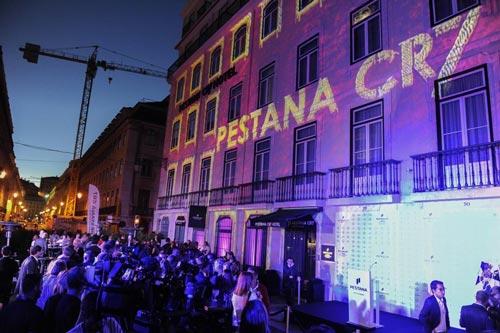 CR7 tính ngày giải nghệ, khai trương khách sạn ở Lisbon - 2