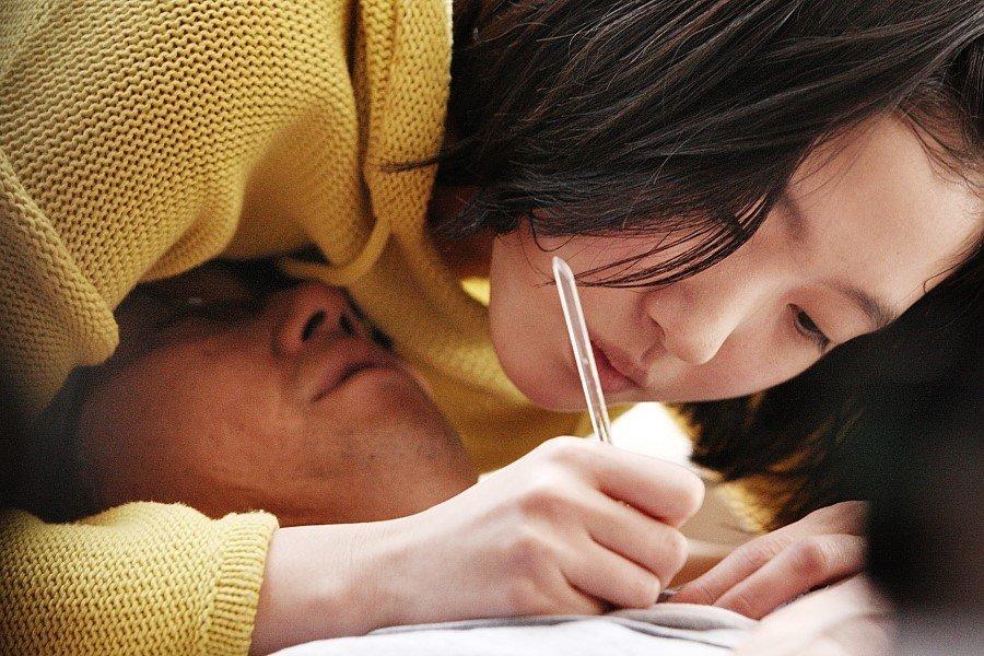 Những bộ phim Hàn gây tranh cãi vì quá táo bạo - 5