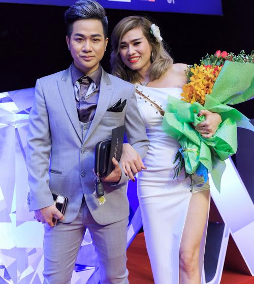 Quách Tuấn Du khoe bạn gái doanh nhân giữa tin đồn giới tính - 1