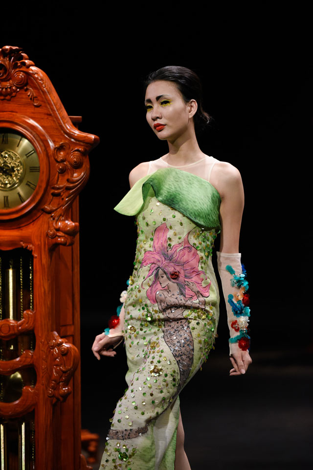 Thời gian lắng đọng tại đêm diễn haute couture VFW - 9