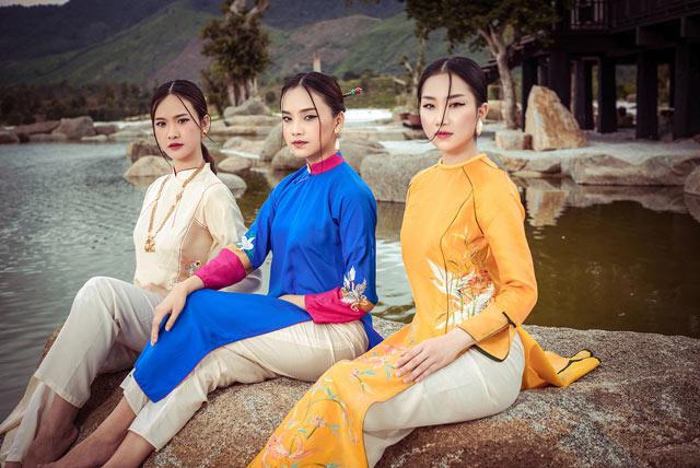 """Top 5 Hoa hậu Việt Nam 2016 đẹp """"nghiêng thành"""" với áo dài - 2"""