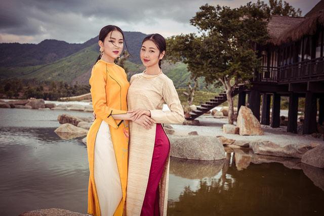 """Top 5 Hoa hậu Việt Nam 2016 đẹp """"nghiêng thành"""" với áo dài - 4"""
