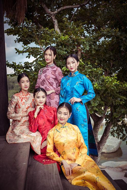 """Top 5 Hoa hậu Việt Nam 2016 đẹp """"nghiêng thành"""" với áo dài - 14"""