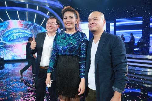 Gia cảnh nghèo khó không ngờ của quán quân VN Idol - 2