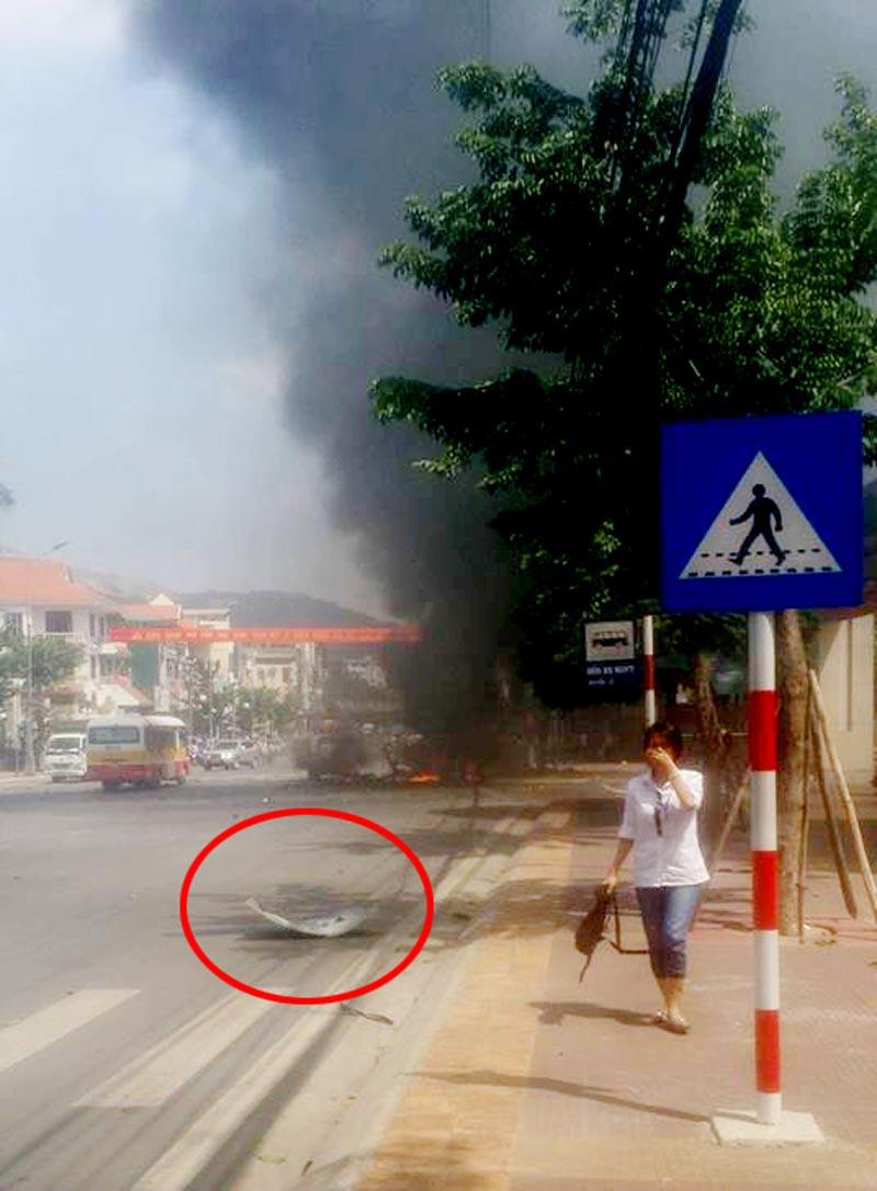 """Vụ nổ taxi ở Quảng Ninh: """"Tôi tưởng nổ cây xăng"""" - 2"""