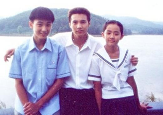 """""""Người tình nhí"""" của Song Hye Kyo khác lạ sau 13 năm - 4"""