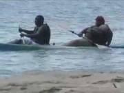 Video Clip Cười - Clip hài: Chị thích thì chị ngồi thuyền thôi