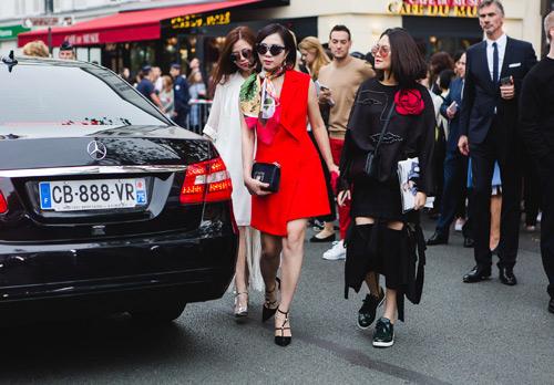 Từ Paris Fashion show 2017: Ma lực của thời trang - 4