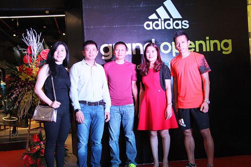 """""""Sao"""" nô nức dự khai trương cửa hàng adidas Royal lớn nhất miền Bắc - 2"""