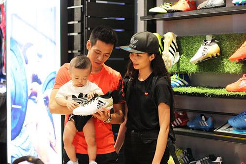 """""""Sao"""" nô nức dự khai trương cửa hàng adidas Royal lớn nhất miền Bắc - 4"""