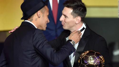 """Ronaldo, Messi gặp hạn: Thời sao đổi ngôi của """"QBV"""" - 2"""