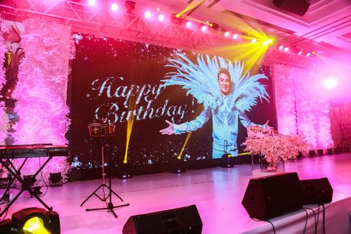 Choáng với tiệc sinh nhật như lễ cưới của Mr Đàm - 5