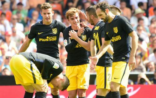Barca, Real đánh mất quyền uy: Cờ đến tay Atletico - 2