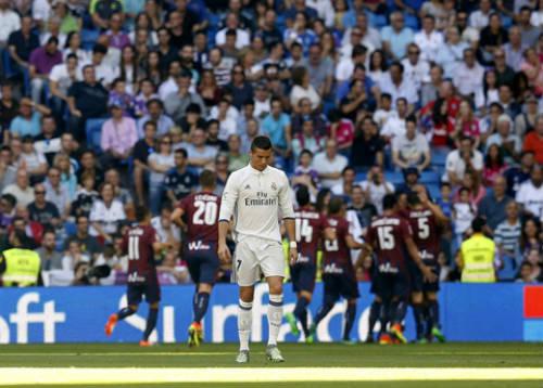 Barca, Real đánh mất quyền uy: Cờ đến tay Atletico - 1