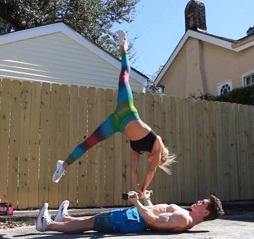 25 triệu lượt xem: Cặp đôi thể dục vi diệu nhất hành tinh - 4