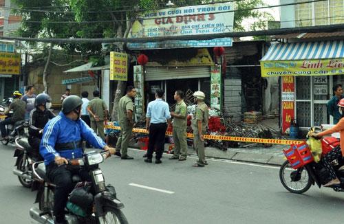 Tan hoang hiện trường vụ cháy tiệm cưới hỏi, 3 người tử vong - 2