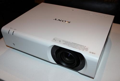 Sony ra mắt các dòng máy chiếu chuẩn Full HD với giá rẻ một nửa - 2