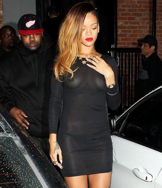 1001 kiểu mặc váy khoe vòng 1 gợi cảm của sao Hollywood - 22