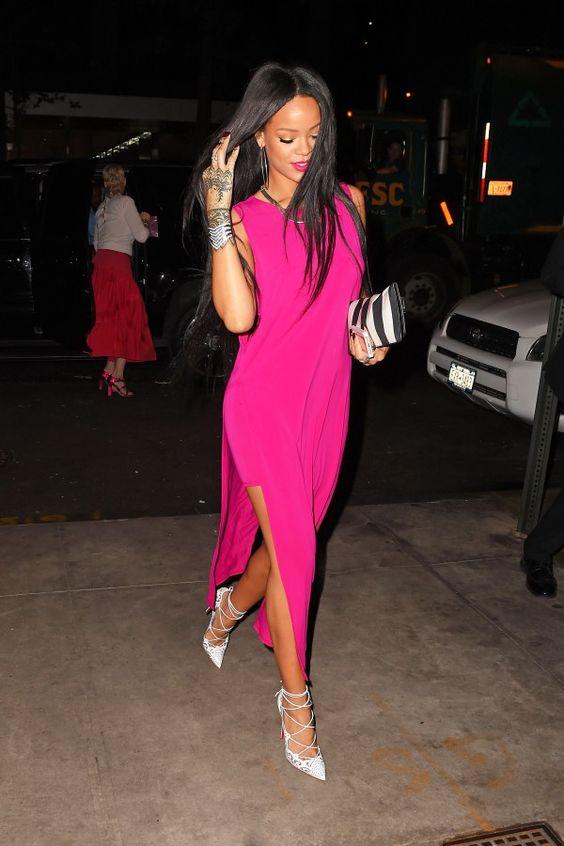 Rihanna thực sự là tín đồ của màu hồng - 4